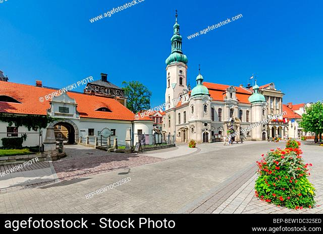 PSZCZYNA, SILESIAN PROVINCE, POLAND: ger.: Pless, Gate of the Privileged. Lutheran church, the city hall; Marketplace square