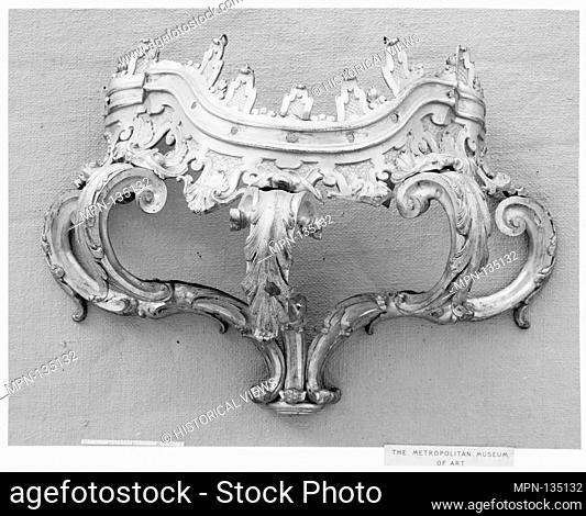 Crown. Date: 17th-18th century; Culture: French; Medium: Gilt bronze; Dimensions: 14 3/4 x 21 1/4 in. (37.5 x 54 cm); Classification: Metalwork-Gilt Bronze