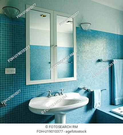 Inset With A Mirror Stock Photos And