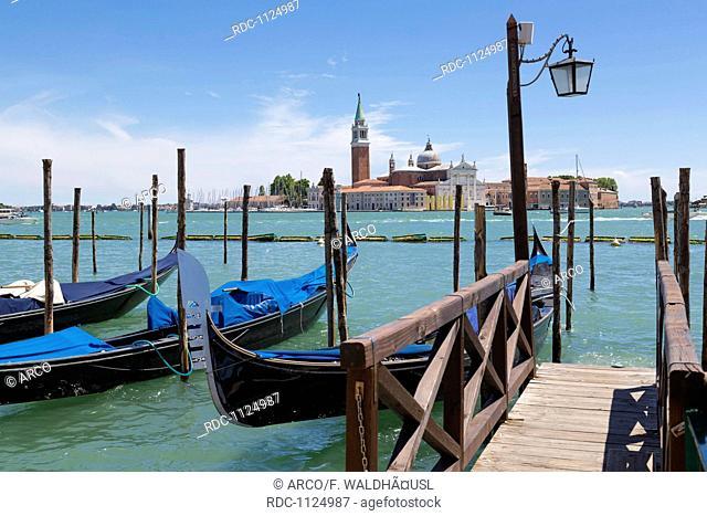 Gondolas, Riva degli Schiavoni, Venice, Venetia, Italy