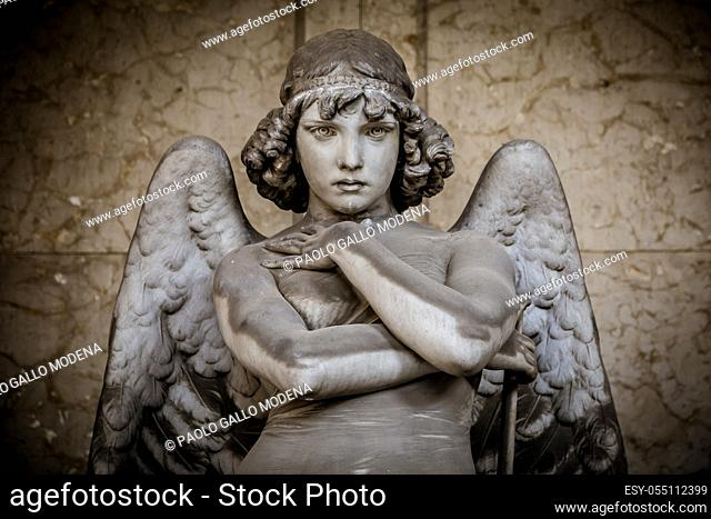 Angel sculpture by Giulio Monteverde for the Oneto family monument in Staglieno Cemetery, Genoa - Italy (1882)