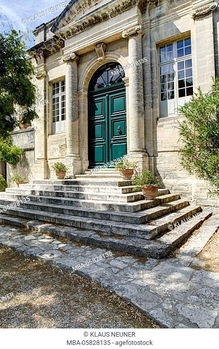 Abbaye Saint Andre, cloister, garden, Villeneuve lès Avignon, Département Gard, region of Languedoc-Roussillon, France
