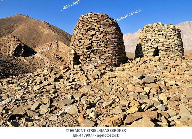 5000 year old stone tomb at Al Ayn, UNESCO World Heritage Site, Hajar al Gharbi Mountains, Al Dhahirah region, Sultanate of Oman, Arabia, Middle East