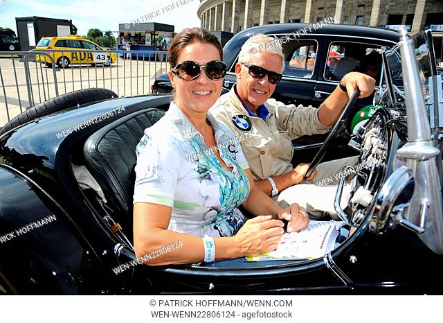 Start of the 8th Oldtimer Rallye 'Hamburg-Berlin-Klassik 2015' at Olympiastadion. Featuring: Ulrich Knieps, Katarina Witt Where: Germany When: 27 Aug 2015...