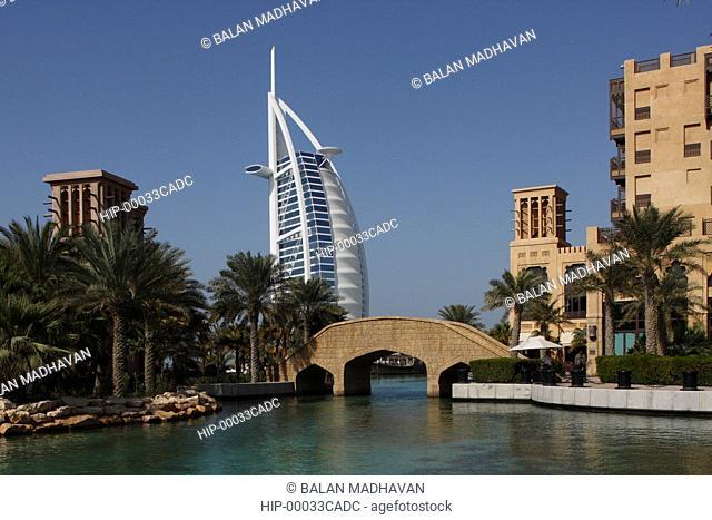 MADINAT JUMEIRAH HOTEL AND BURJ AL ARAB IN DUBAI