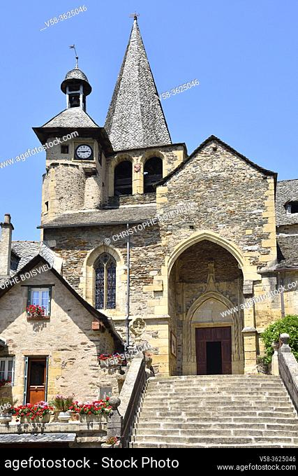 France, Aveyron, Estaing, Unesco World Heritage Site, Saint-Fleuret church (15th C)