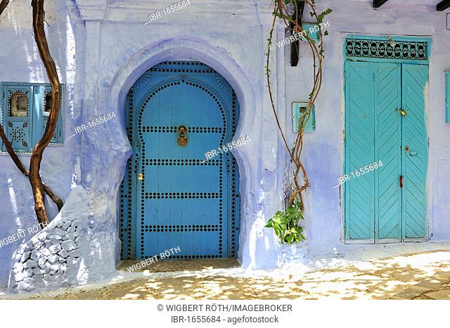 Front doors with door knockers, Chefchaouen, Rif Mountains, Northern Morocco, Morocco, Africa