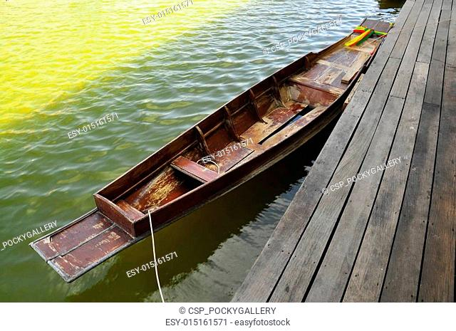 old wood rowboat in Thailand