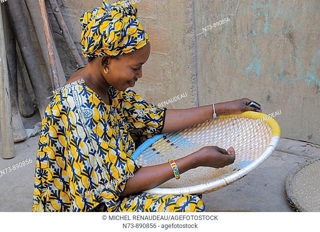 Fulani woman, Djenne, Mali