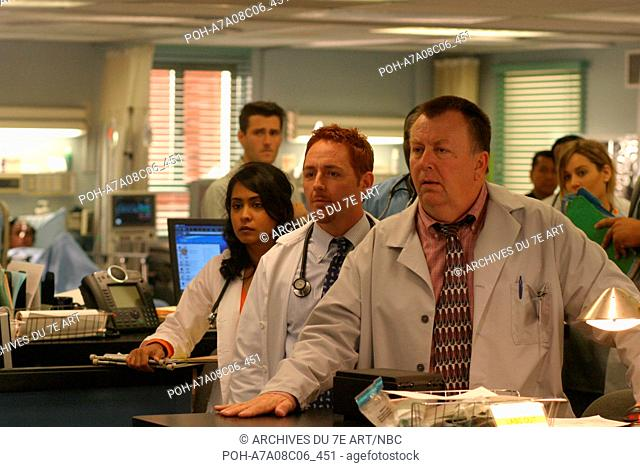 ER TV Series 1994 - 2009 USA 2004 Season 11 Parminder Nagra, Scott Grimes, Troy Evans. It is forbidden to reproduce the photograph out of context of the...
