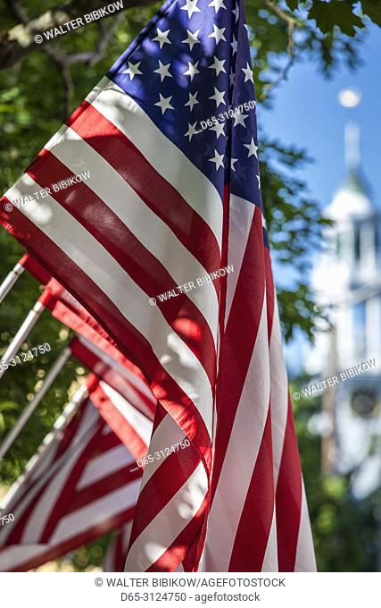 USA, New England, Massachusetts, Cape Ann, Manchester by the Sea, Fourth of July, US flags