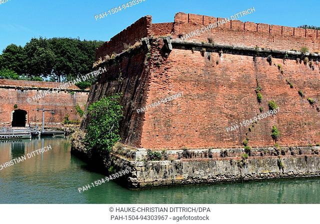 Historical fort Fortezza Nuova as a part of Venezia Nuova in Livorno (Italy), 19 July 2017. | usage worldwide. - Livorno/Toskana/Italy