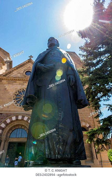 Statue of Archbishop Jean Baptiste Lamy in front of the Cathedral Basilica of St. Francis of Assisi; Sante Fe, New Mexico, United States of America