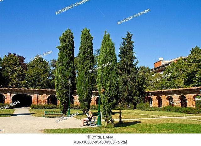 France, Toulouse, [old Carthusian cloister], [open garden]