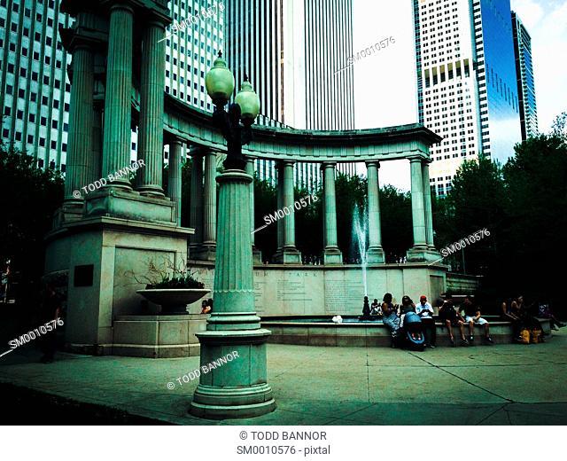 Millennium Monument peristyle, Millennium Park Chicago, Illinois