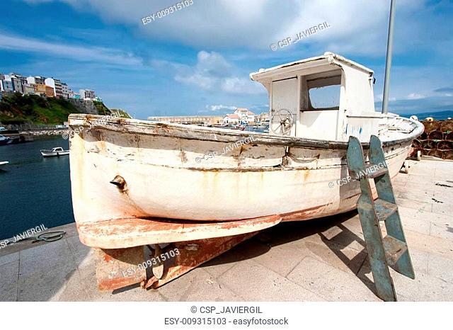 Boat in Malpica, La Coru?a, Spain