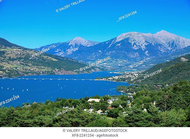 The lake of Serre Ponçon in the Vallée de L'Ubaye, Alpes de Haute Provence, Provence-Alpes-Côte d'Azur, France
