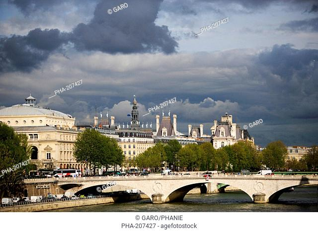 View of the Seine river with the Louvre, Paris, France