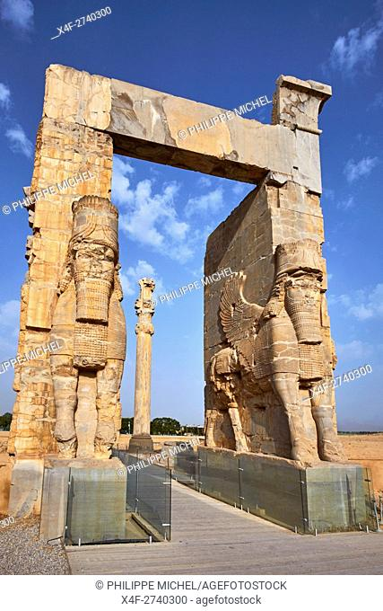 Iran, Fars Province, Persepolis, Achaemenid archeological site, Propylon, Gate of all Nations, World heritage of the UNESCO
