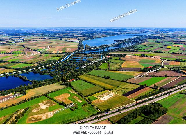 Germany, Ismaning, Isat storage lake and fish ponds