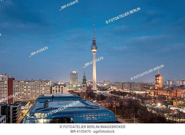 Central Berlin, TV tower at Alexanderplatz, Park Inn Hotel, Berlin, Germany