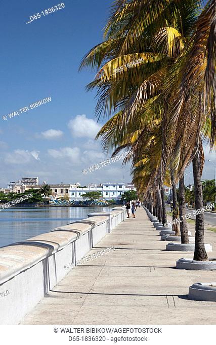 Cuba, Cienfuegos Province, Cienfuegos, city view from the Bahia de Cienfuegos bay