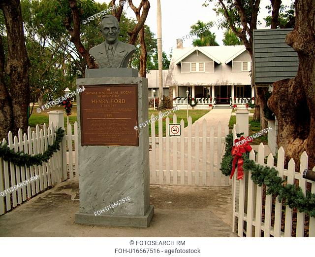 Fort Myers, FL, Florida, Edison and Ford Winter Estates, Holiday House, Henri Ford's Winter Home, Christmas decorations
