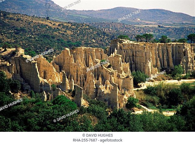 Ille-sur-Tete, Les Orgues, Pyrenees-Orientales, Languedoc-Roussillon, France, Europe