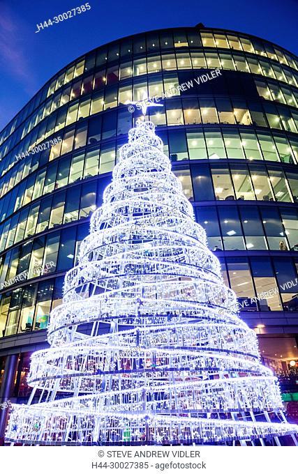 England, London, Southwark, More London Riverside, Christmas Tree