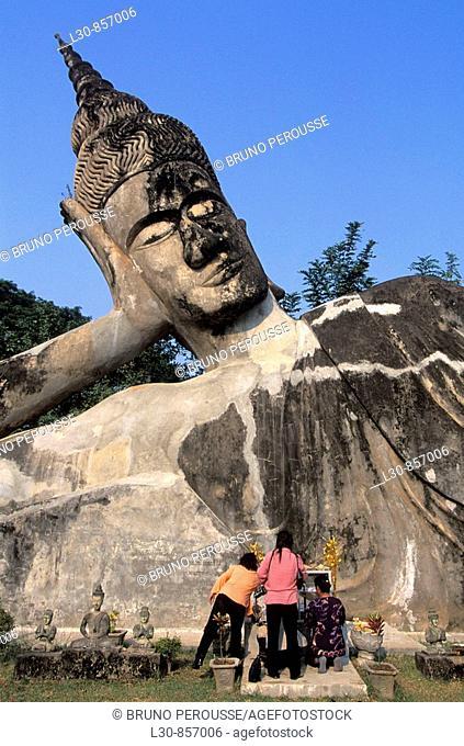 Reclining Buddha, Xieng Khuan (Buddha Park), Vientiane, Laos