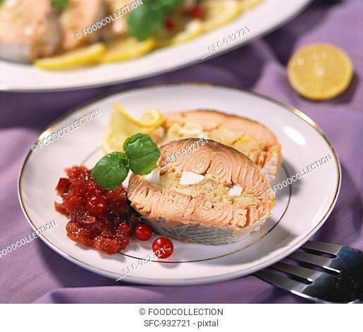 Stuffed salmon with cranberries