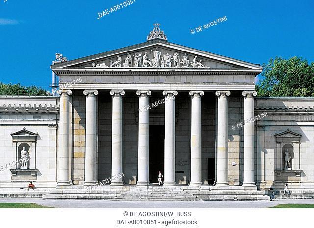 The Glyptotek, 1816-1830, architect Leo von Klenze (1784-1864), Munich, Germany
