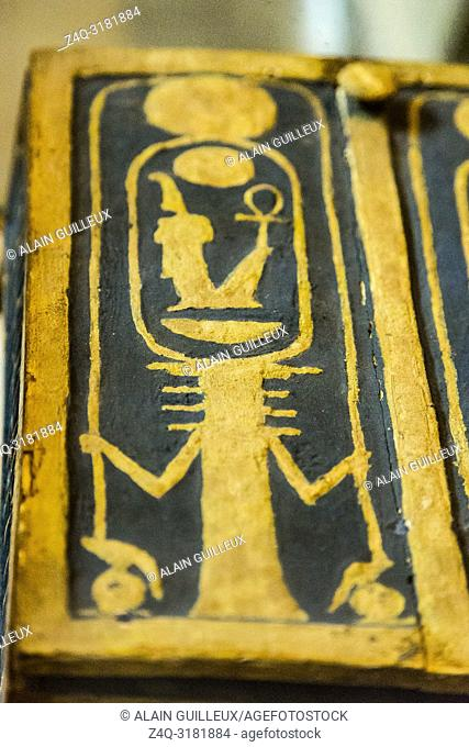 Egypt, Cairo, Egyptian Museum, from the tomb of Yuya and Thuya in Luxor : Wooden and gilded jewel box, showing a Djed pillar holding the cartouche of Amenhotep...