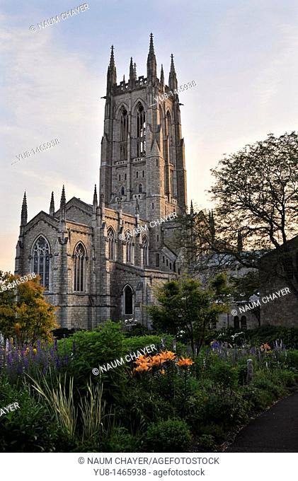 Bryn Athyn Cathedral,sunset