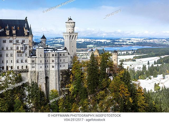Famous Neuschwanstein Castle (New Swanstone Castle) in winter, Hohenschwangau, Bavaria, Germany, Europe