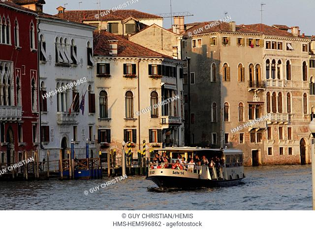 Italy, Venetia, Venice, listed as World Heritage by UNESCO, vaporetto, Grand Canal near San Marcuola