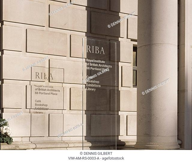 SIGNAGE - RIBA, PORTLAND PLACE, LONDON, W1 OXFORD STREET, UK, ALLIES & MORRISON ARCHITECTS, EXTERIOR, SIGN OBLIQUE