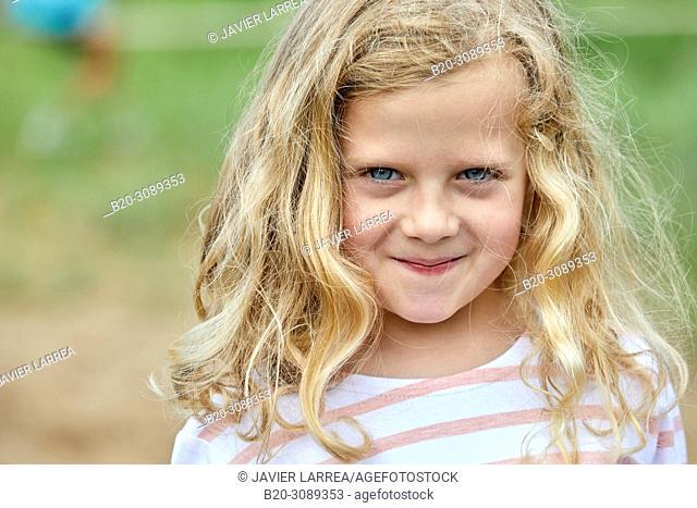 Girl, Marina Urola, Santiago beach, Zumaia, Gipuzkoa, Basque Country, Spain, Europe