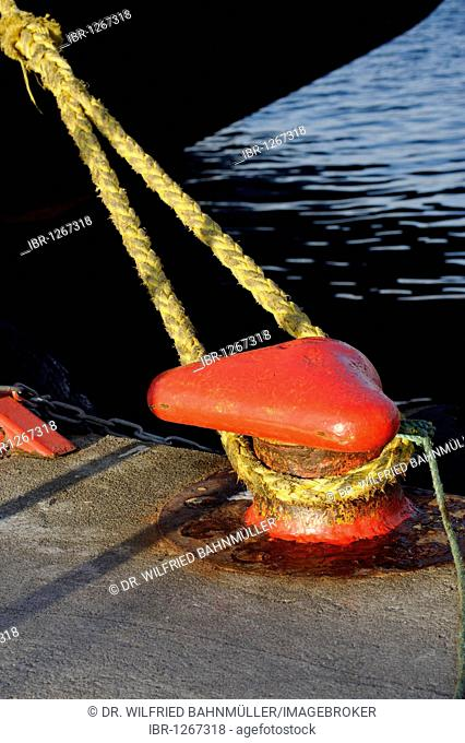 Mooring bollard, harbour, Rorvik, Norway, Scandinavia, Europe