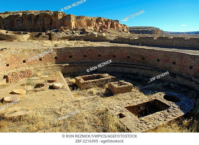 Great Kiva, Posthole and Post-seating Disks, Vaults and Firebox, Benches and Niches, Chetro Ketl Chacoan Great House, Anasazi Hisatsinom Ancestral Pueblo Site