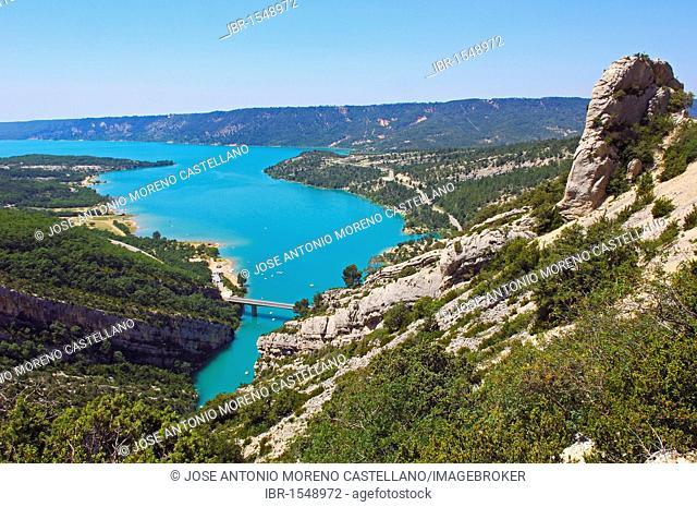 Lac de Sainte-Croix, St Croix Lake, Gorges du Verdon, Provence, Provence-Alpes-Cote-d'Azur, France, Europe