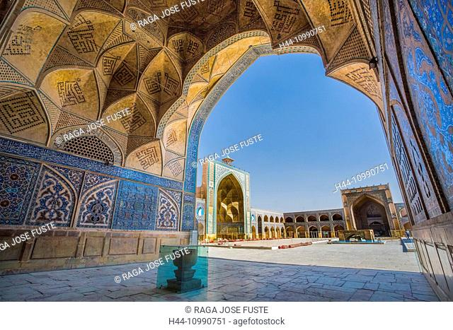 Iran, Esfahan City, Masjed-e Jame (Friday Mosque) UNESCO, world heritage, South Iwan