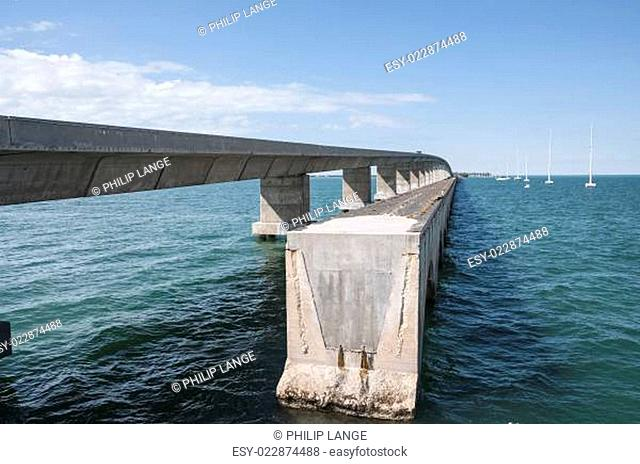 Old and new seven mile bridge at the Florida Keys
