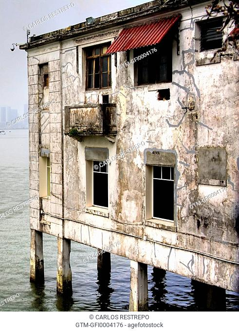 Building in Old Panama city
