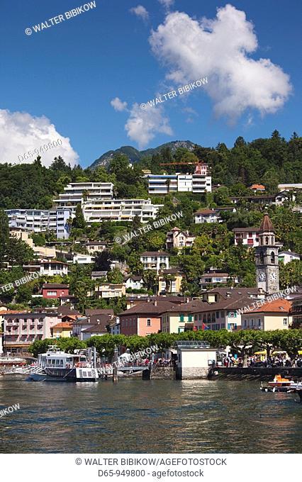 Switzerland, Ticino, Lake Maggiore, Ascona, town view morning