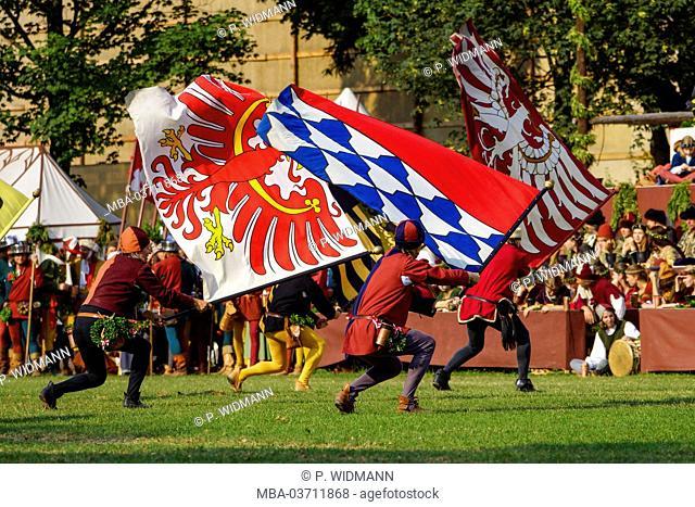 Medieval games during the Landshuter Hochzeit (festival) in Landshut, Lower Bavaria, Bavaria, Germany