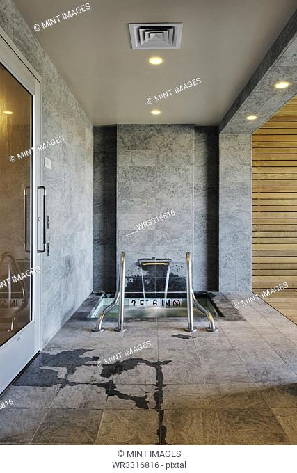Covered Jacuzzi Area
