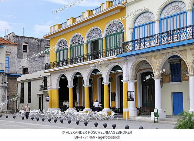 Beer bar in the Plaza Vieja square, old town, Havana, Cuba, Caribbean, Central America