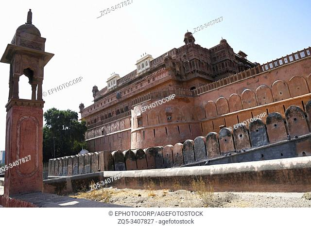 Road side view of fortification wall of Junagadh Fort, Bikaner, Rajasthan, India