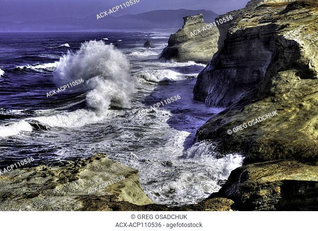 Crashing waves, Cape Kiwanda, Oregon Coast